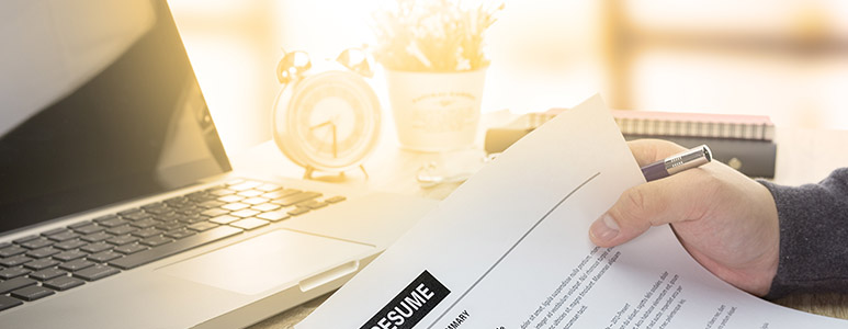 writing a professional resume 7 tips to help you wow employers